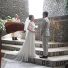 石の教会にてシンプル&モードなウェディングドレス