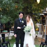 グリーンに包まれた結婚式
