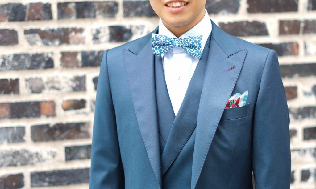 蝶ネクタイとポケットチーフ