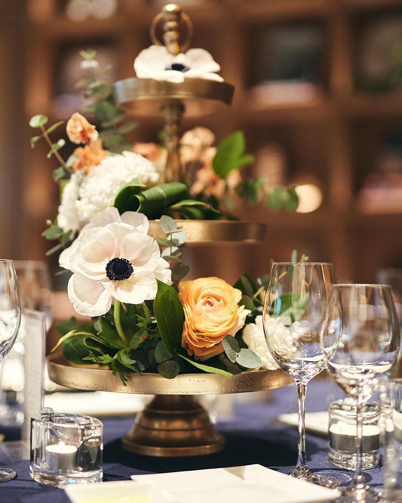 星名夫妻の披露宴テーブルコーディネート スイートピー
